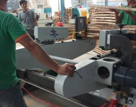Tính năng vượt trội máy cắt gỗ 2 đầu tự động tại Bình Nguyên